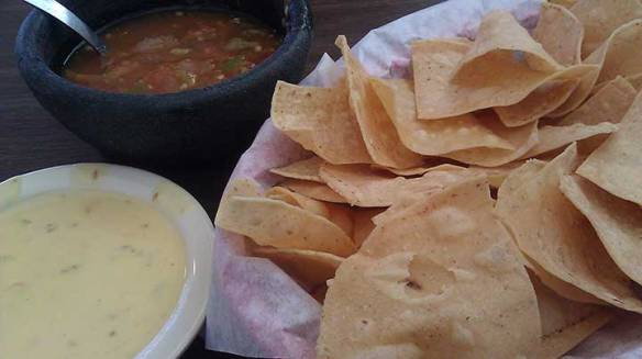 La Fonda Chips & Salsa - CrystalNuding.com for Personal and Business Consulting